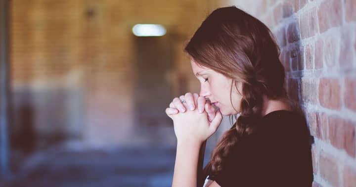 Ne răspunde Dumnezeu la rugăciuni?